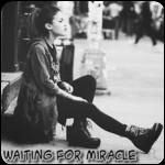Аватар Девушка на улице (Waiting for miracle / В ожидании чуда)