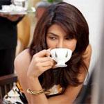 Аватар Приянка Чопра с чашкой кофе в руках / Priyanka Chopra индийская киноактриса, певица и модель