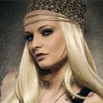 Аватар Блондинка в тигровой бандане на голове