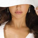Аватар Лицо девушки, прикрытое белой широкополой шляпой