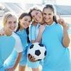 Аватар Девушки фанатки футбола, одна из них держит мяч